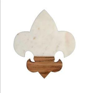 🆕 Fleur de Lis Marble Cutting Board